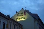 Nasvetlená reklama – GRAND HOTEL