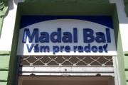 Plastické písmená – Madal Bal